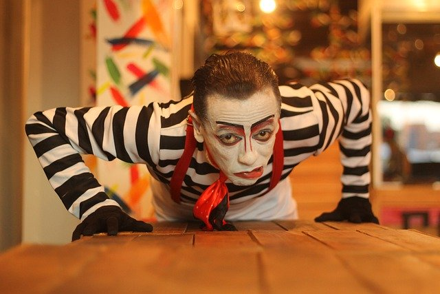 mime-4874133_640